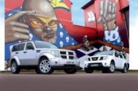 nissan pathfinder или mitsubishi pajero: сравнение и какой автомобиль лучше
