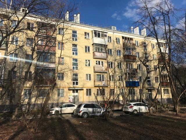 Где лучше купить квартиру в сталинке или в новостройке?