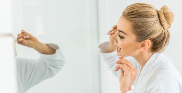 Вощеные и невощеные зубные нити: качества, сходства и отличия