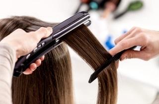 Какую процедуру лучше выбрать ламинирование или полировку волос?