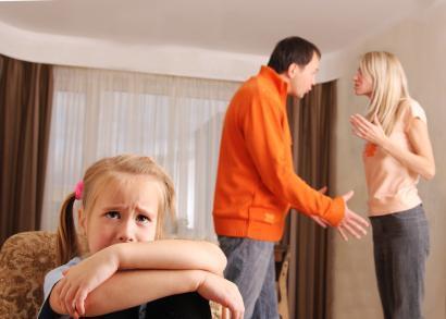 Чем отличается девиантное поведение от делинквентного