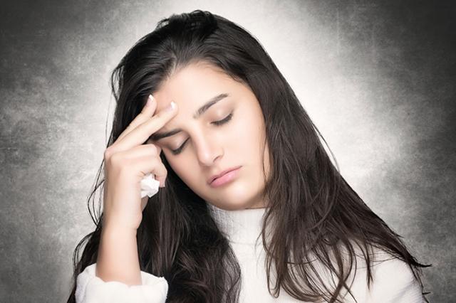 Что лучше и эффективнее использовать для горла спрей или таблетки?