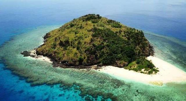 Чем отличается остров от полуострова
