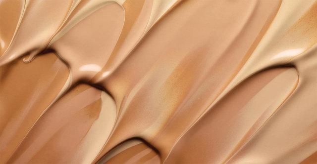 Пудра или тональный крем: сравнение и что лучше