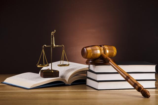 В чем разница между судебным приказом и исполнительным листом