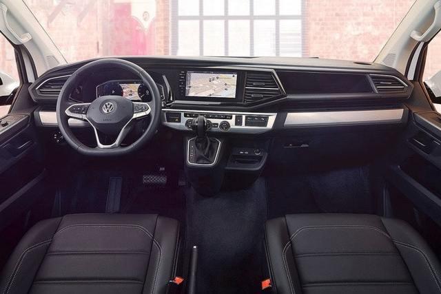 Чем отличаются автомобили volkswagen caravelle и multivan