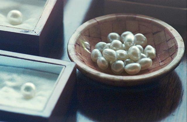Чем отличается искусственный жемчуг от культивированного