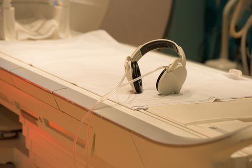 МРТ кишечника и колоноскопия: чем они отличаются и что лучше