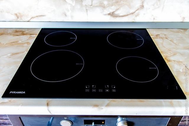 Инфракрасная или индукционная плита: сравнение и что лучше выбрать