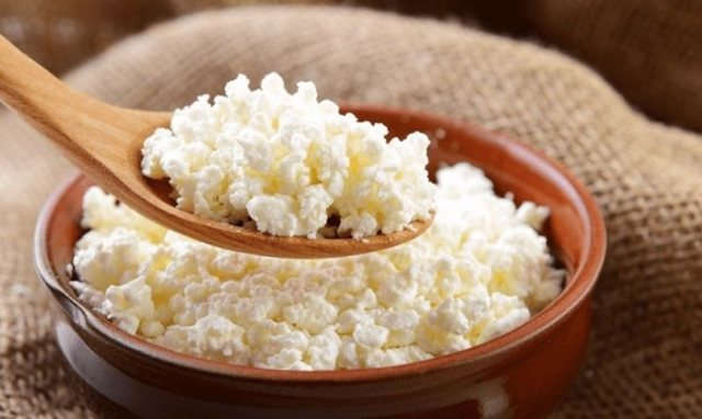 Творог и сыр: польза и чем они отличаются