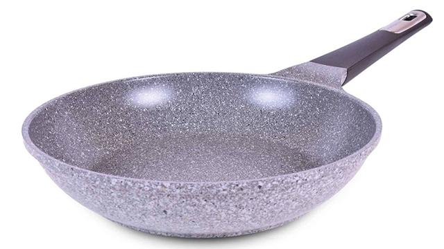 Какое покрытие лучше антипригарное или керамическое?