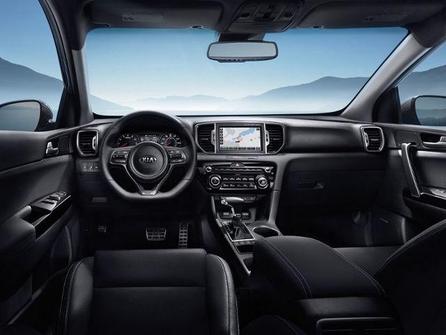 Какой автомобиль лучше купить ford kuga или kia sportage?