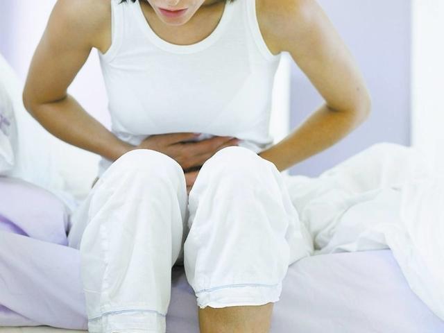 Чем отличается миома от фибромы матки?